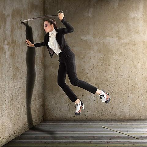kadın moda kılıç çekim fotoğraf fotoğrafçı reklam fashion photoshop retouch