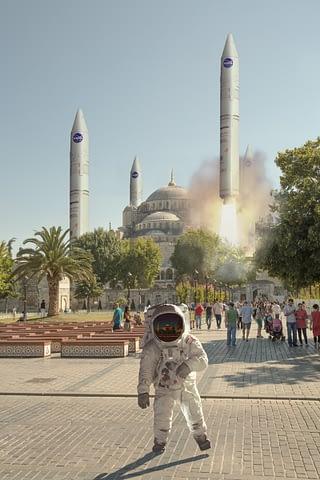 cami ayasofya blue mosque süleymaniye roket uzay astronot fotoğrafçı prodüksiyon tasarım proje kretif creative çekim fotoğraf fotoğrafçı reklam photoshop retouch studyo