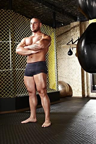 güreşçi portre çekim fotoğraf fotoğrafçı reklam photoshop retouch studyo