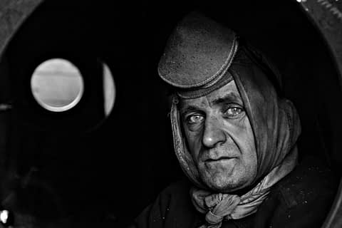 işçi içten anlamlı emek zorluk eski siyah beyaz b&w belgesel documentary