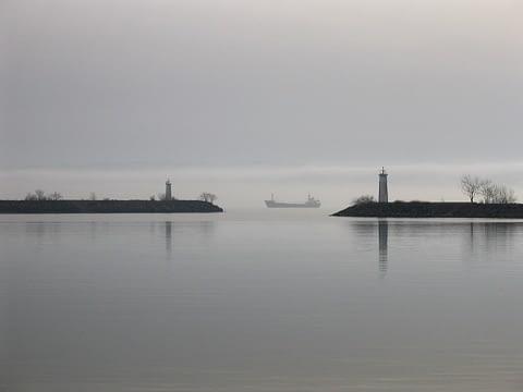 liman gemi sis geçit zamansız duru sade iğneada